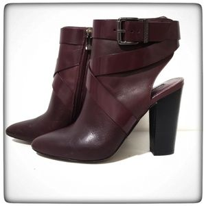 Bcbgeneration Maroon Jezebelle Ankle Boot Size 7.5